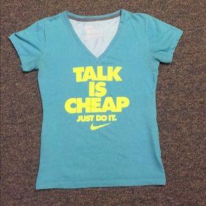 Nike women's shirt
